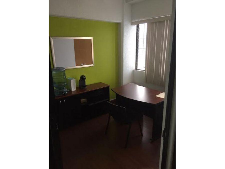 vendo amplia oficina plaza buro zona 10 d