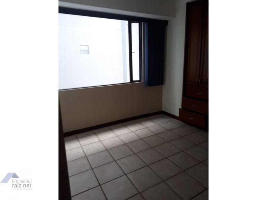 alquilo apartamento remodelado versalles d