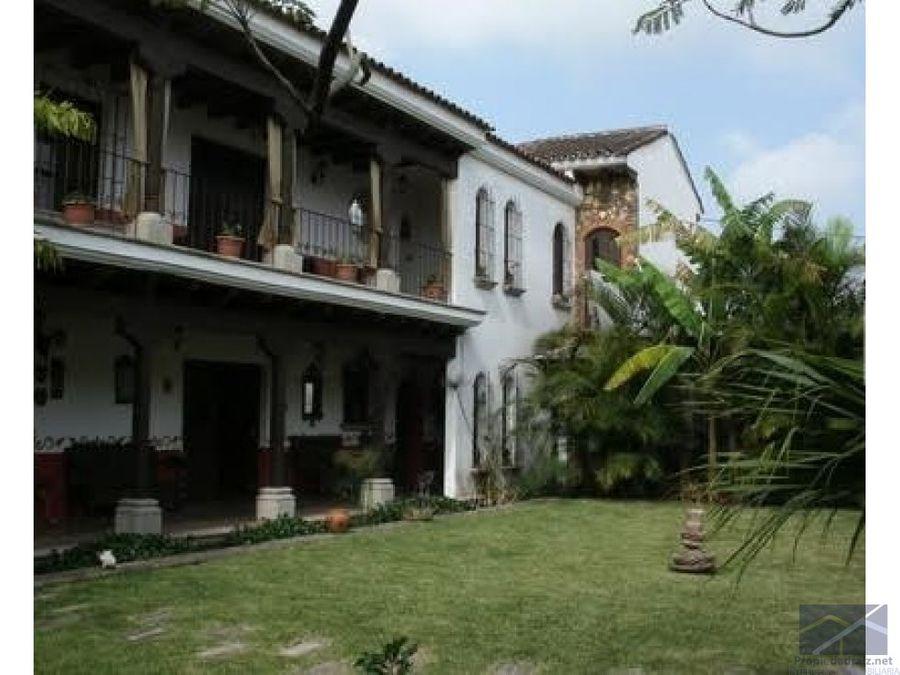 casa zona 16 hacienda reali