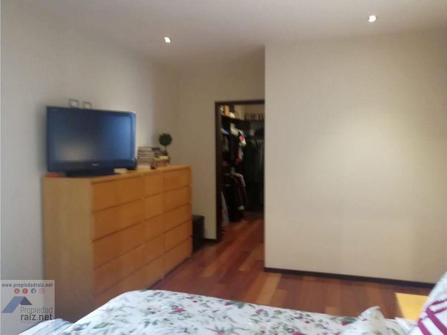 vendo apartamento amplio zona 15 tarragona d