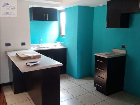 alquilo apartamento en jardines de las charcas zona11 d