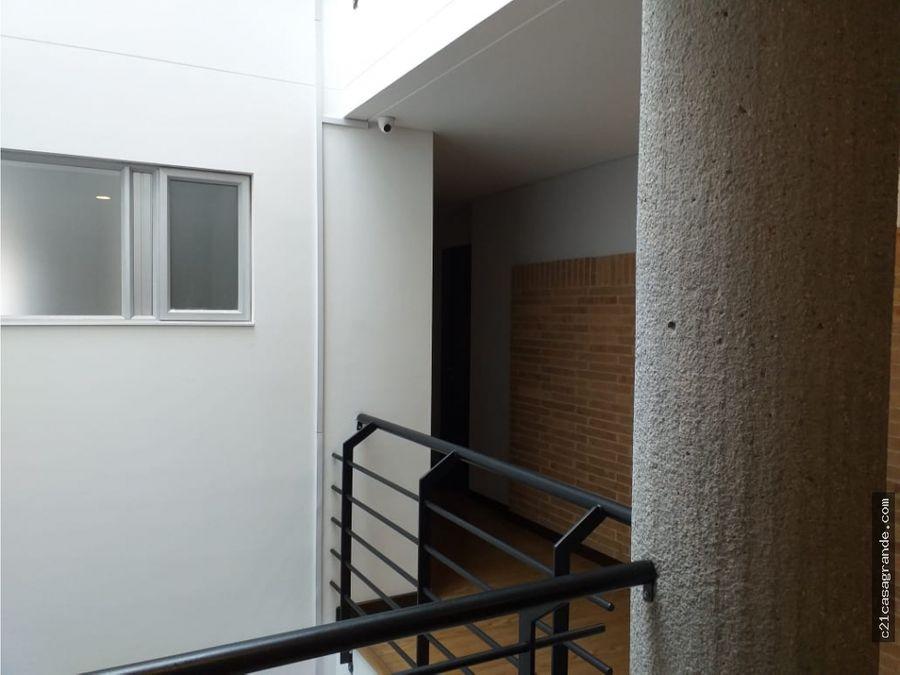 espectacular apartamento en santa barbara
