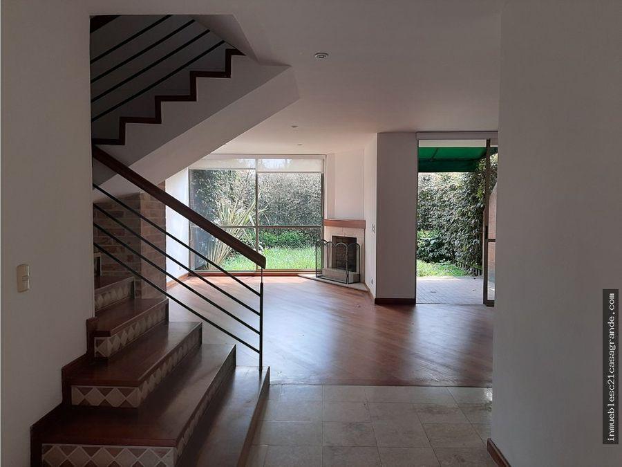 en venta linda casa en exclusivo conjunto colina