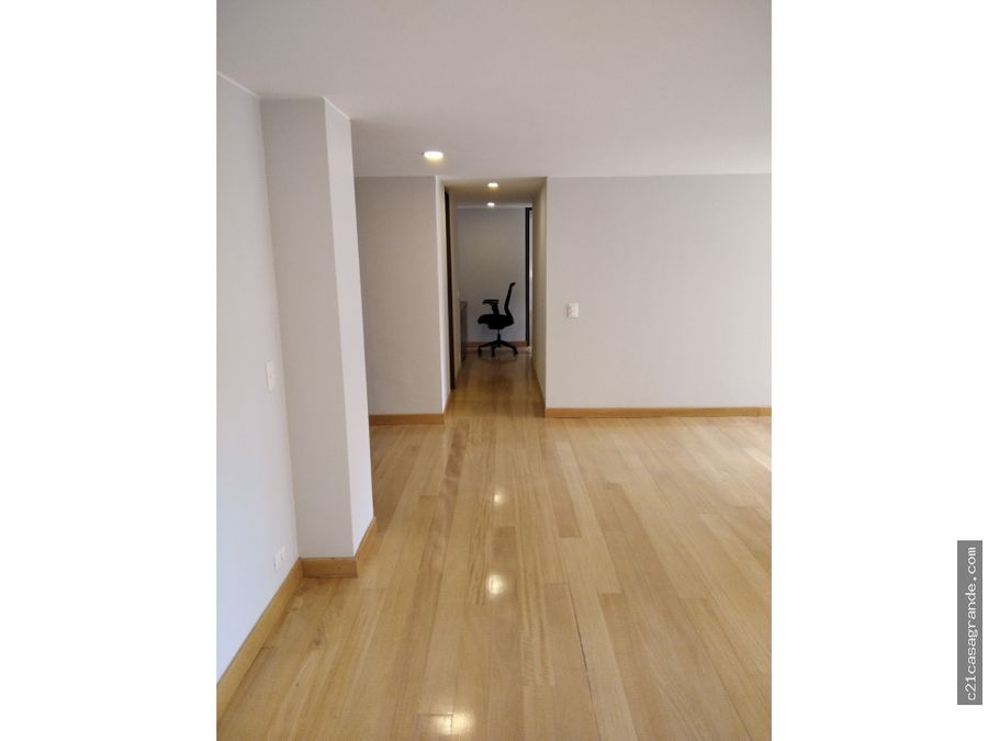 exclusivo apartamento en chico virrey