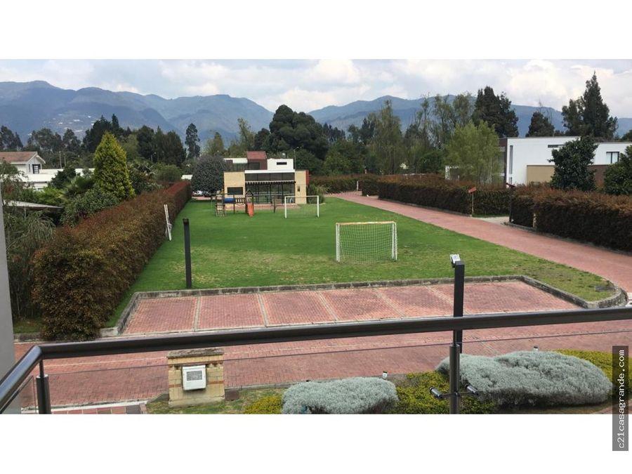 exclusiva casa en guaymaral