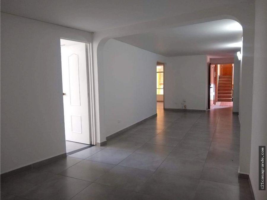 amplio apartamento en chapinero en oferta