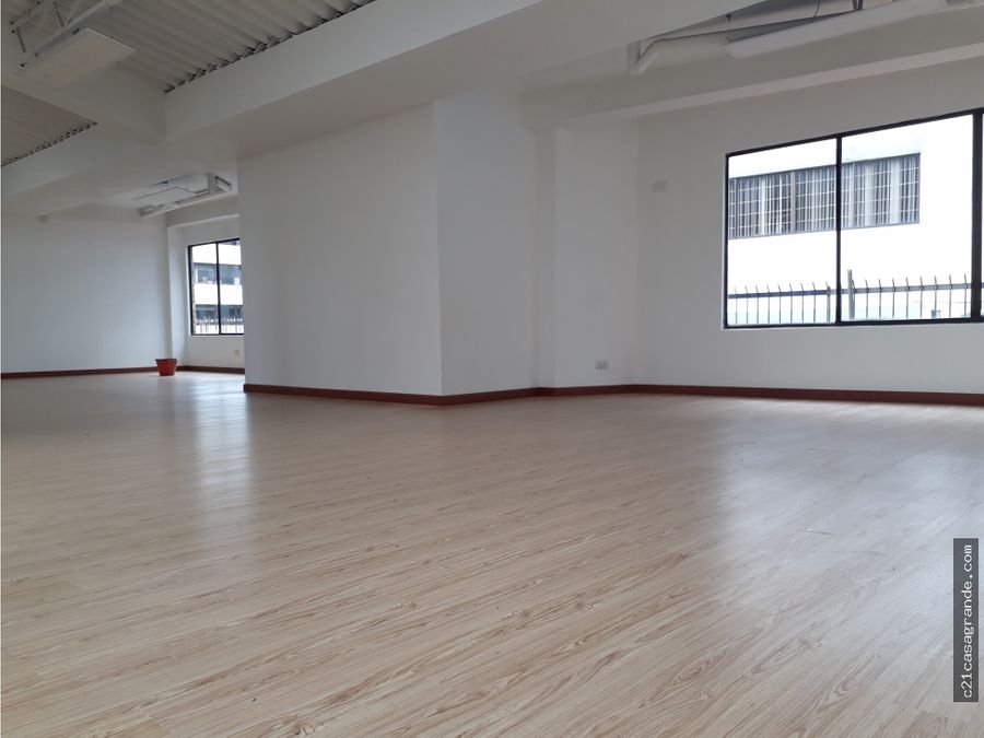 arriendo local comercial 150 m2