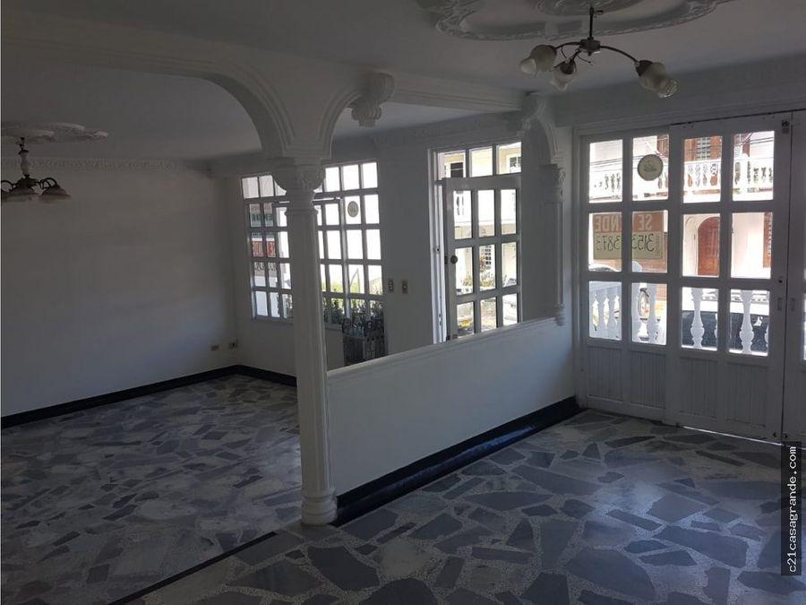 espectacular casa en el sector mas exclusivo de villavicencio
