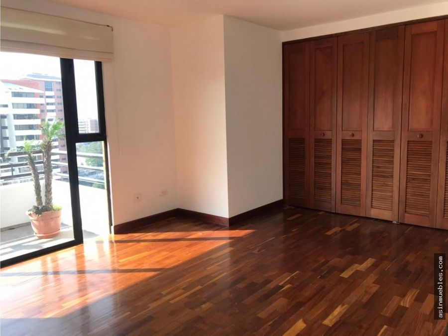 apartamento de 3 habitaciones zona 14