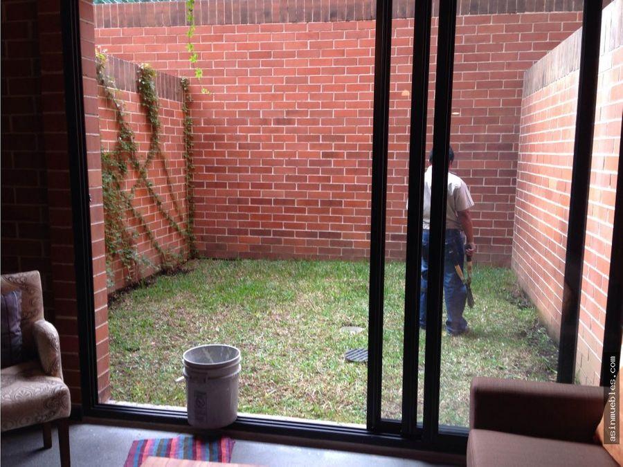 apartamento venta cuatro36 con jardin
