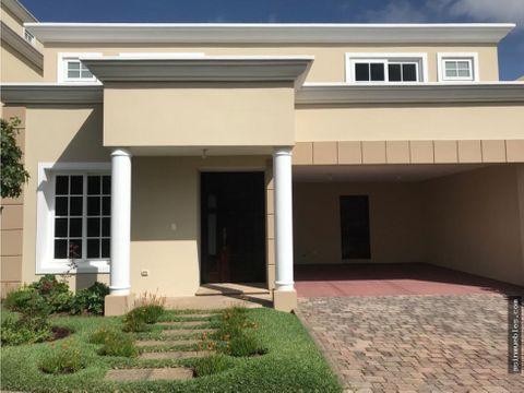 alquiler casa en villas de entreverdes fraijanes