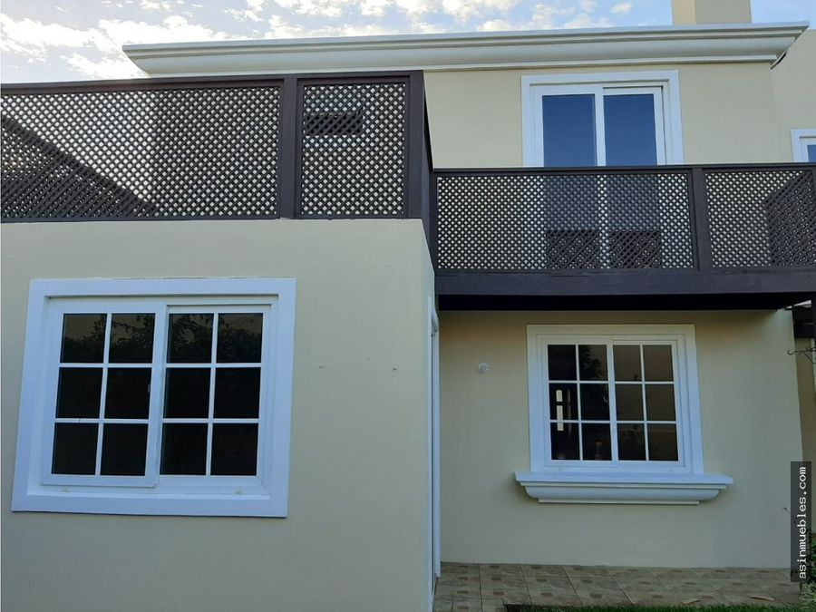 alquiler casa 5 habitaciones en villas de entreverdes fraijanes