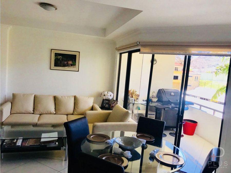 apartamento amplio con excelente ubicacion