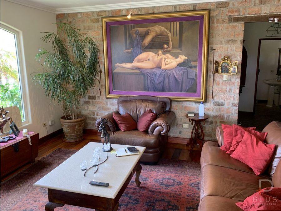 casa independiente con patio alquiler escazu em366