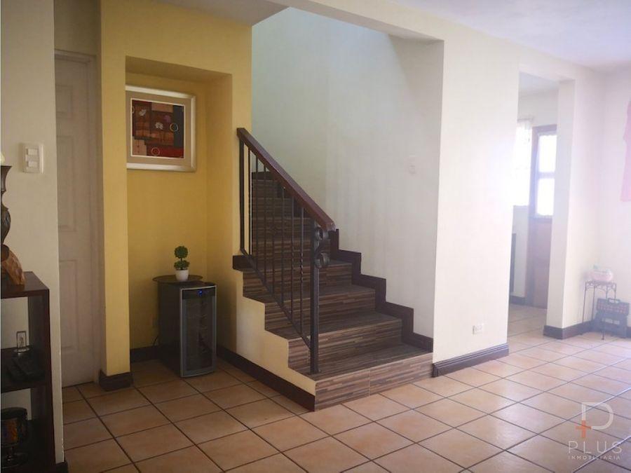 casa en venta en belen con patio 3 habitac rebajada rc122