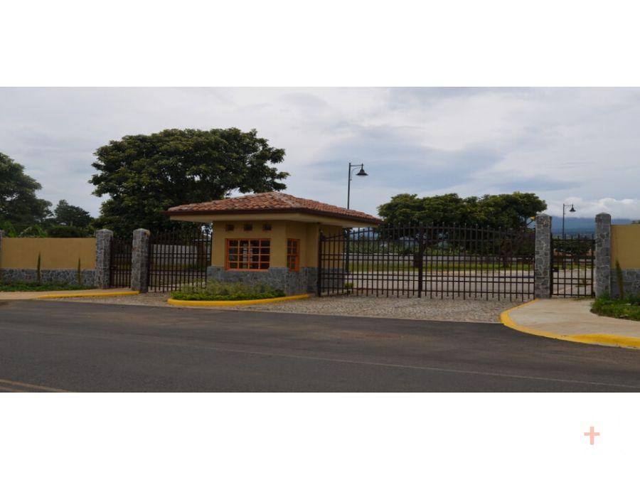 amplio lote residencial venta la hacienda santo domingo cod ob89