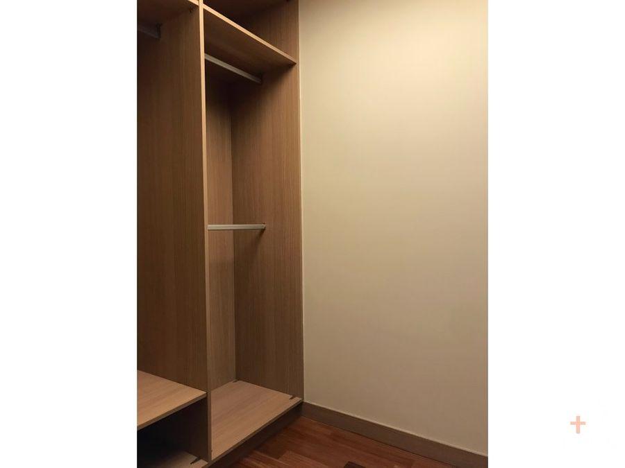 apartamento de lujo amueblado con 3 habitaciones