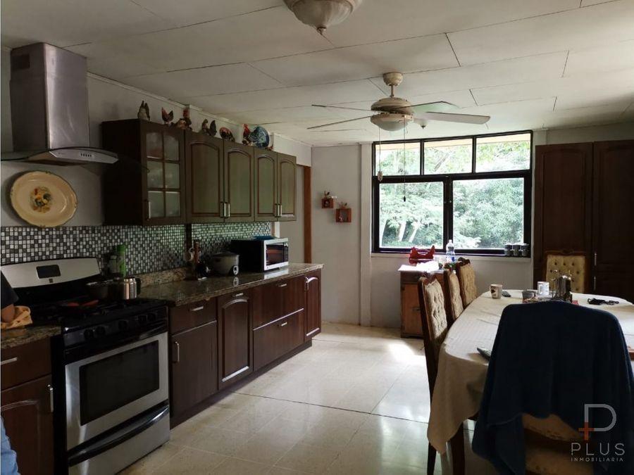 propiedad en atenas en venta con 2 casas y piscina as12