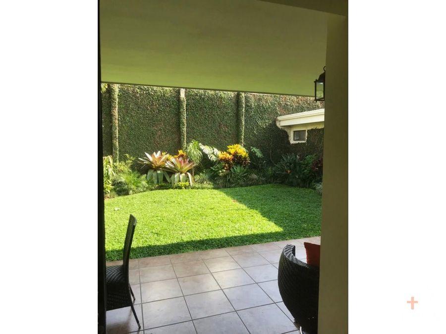 casa venta 4 habitaciones trejos montealegre escazu kv04
