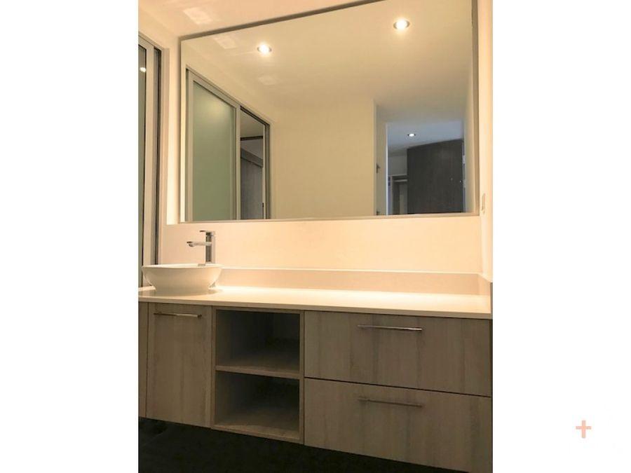 moderno apartamento con linea blanca en santa ana