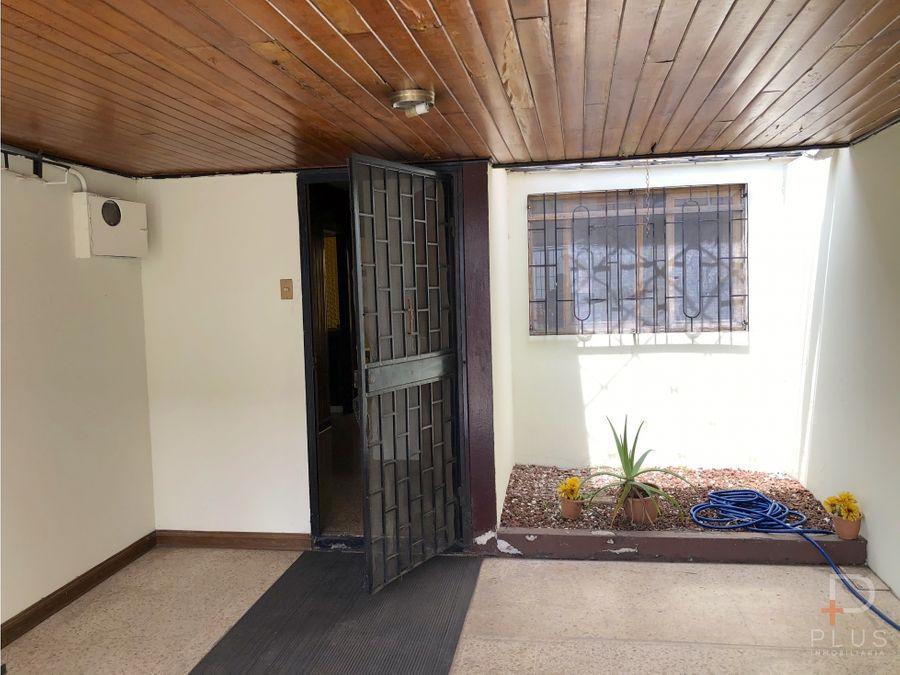 casa venta 4 habitaciones la sabana uso de suelo comercial cod jv197