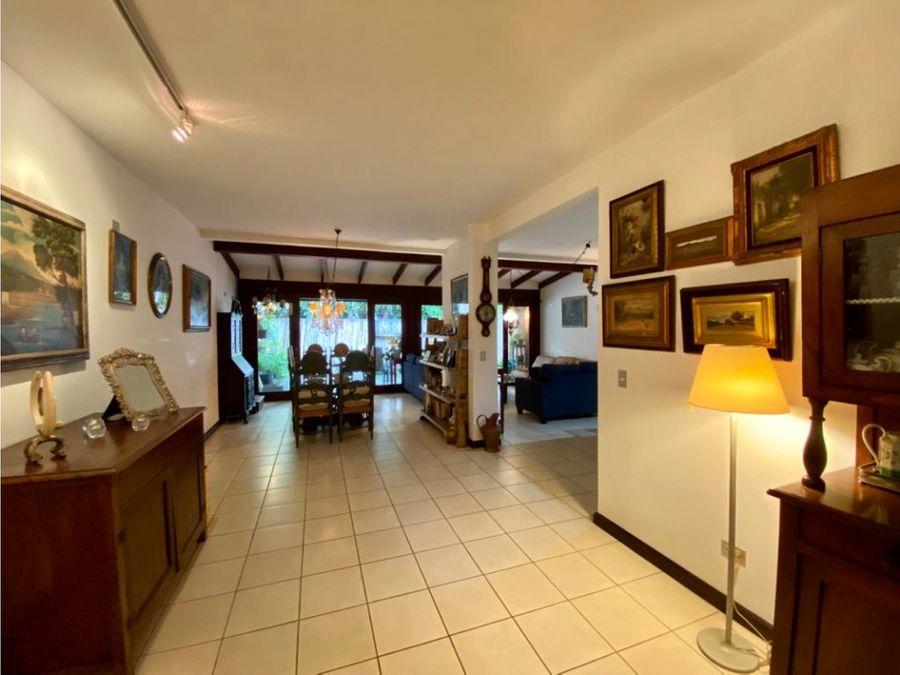 casa venta bello horizonte de escazu con patio codigo fc53