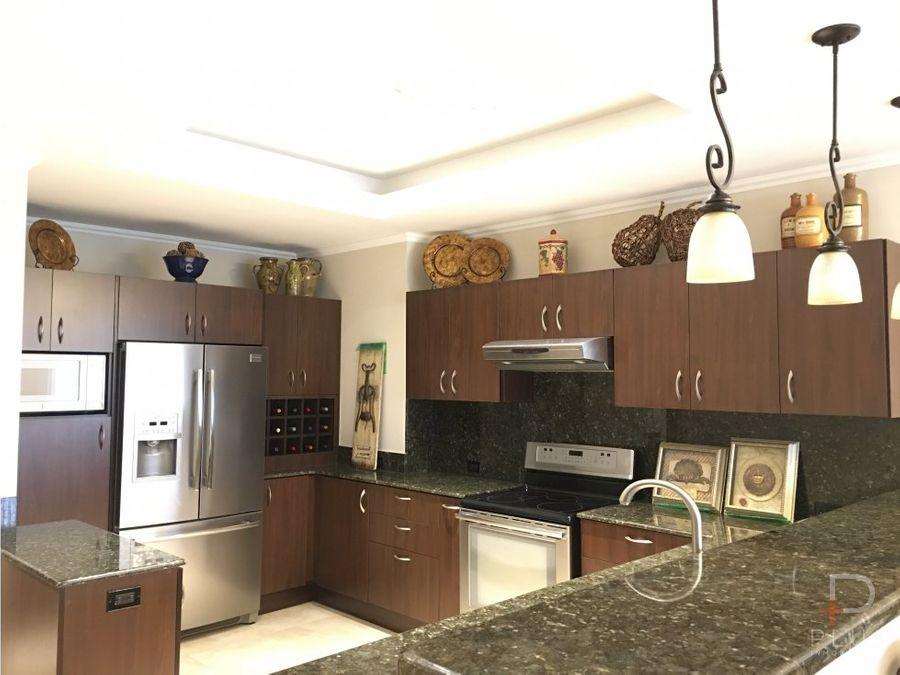 penthouse de 2 niveles y 3 habitaciones