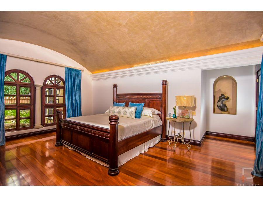 casa venta santa ana 5 habitac piscina 1 piso