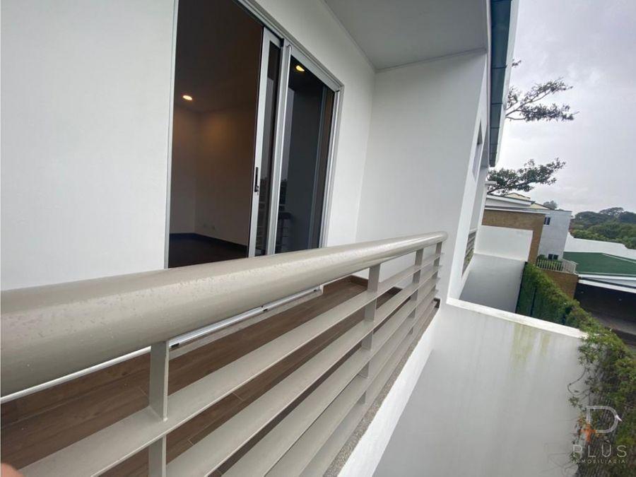 casa moderna en alquiler en escazu nueva con linea blanca am221