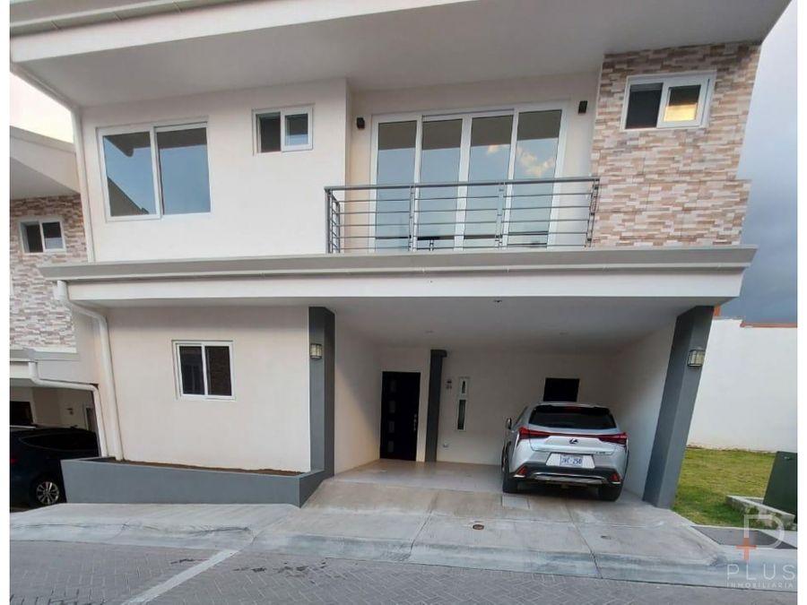 casa 3 habitaciones alquiler altos del oeste santa ana cod sb29