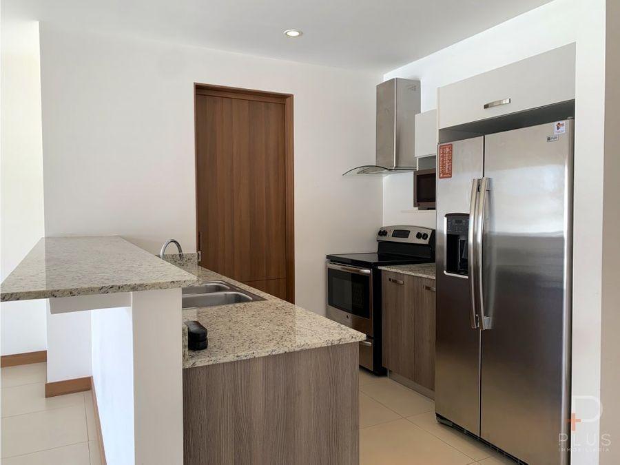 apartamento alq distrito cuatro escazu 1 hab em370
