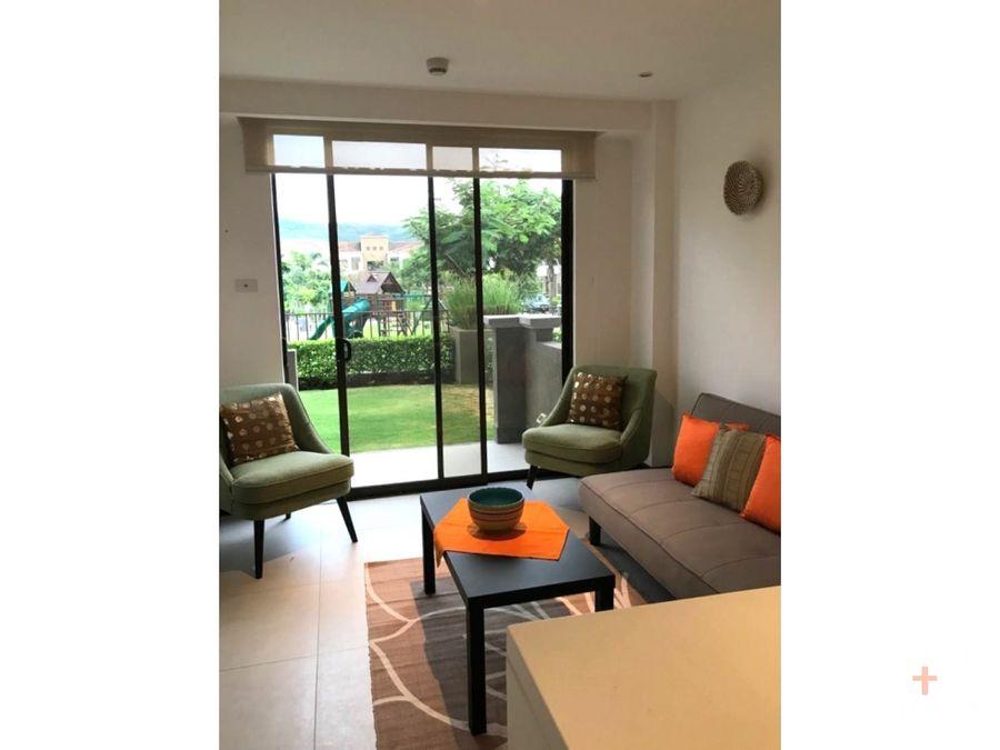 apartamento amueblado en alquiler en santa ana con jardin am132