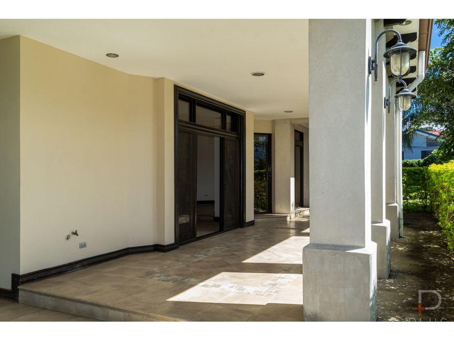 casa 4 habitaciones venta la asuncion belen cod jv152