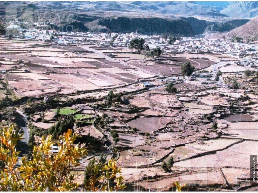 terreno en chivay