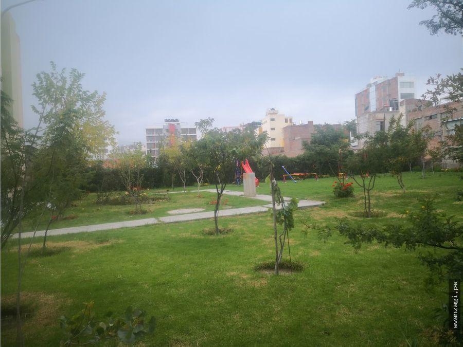 terreno frente a parque espaldas de franco jlbyr