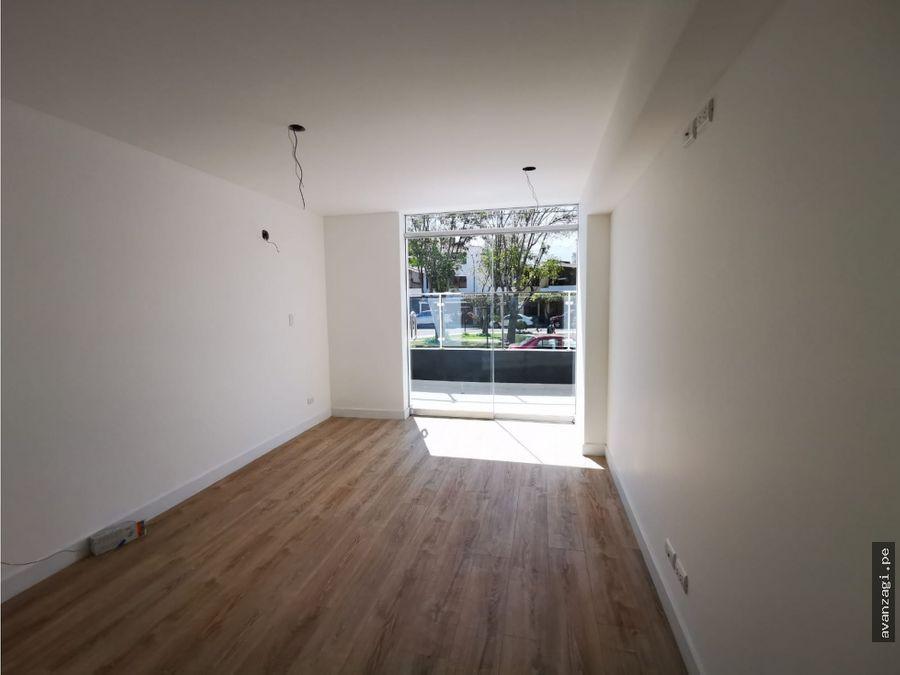 amplio departamento en primer piso cayma 102