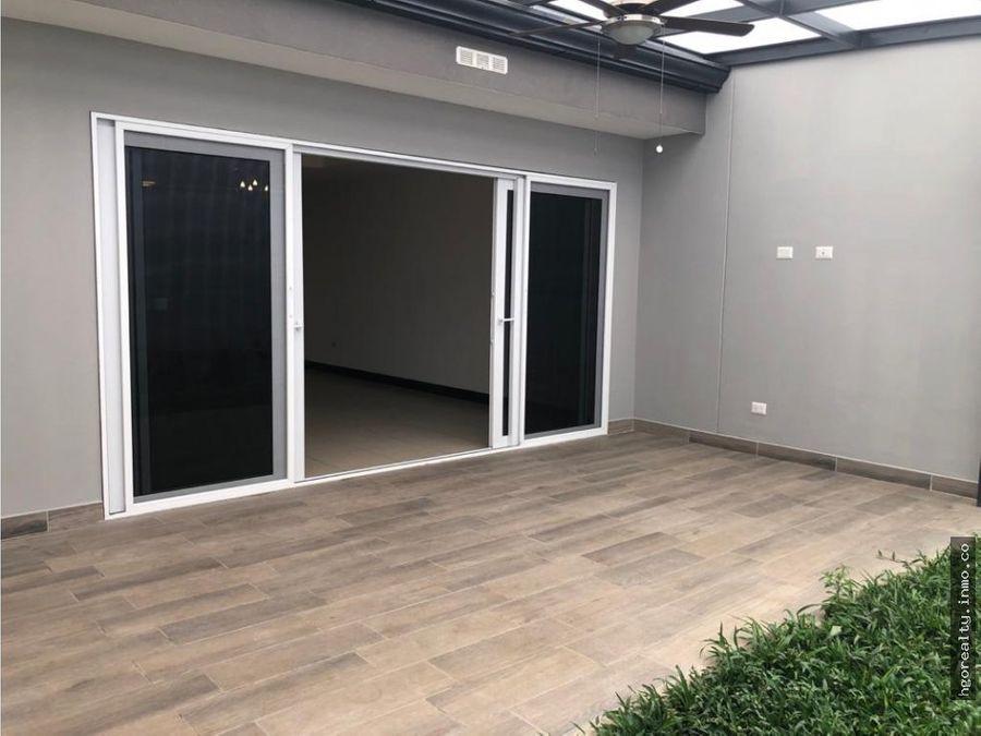 casa en alquiler escazu condominio rio palma