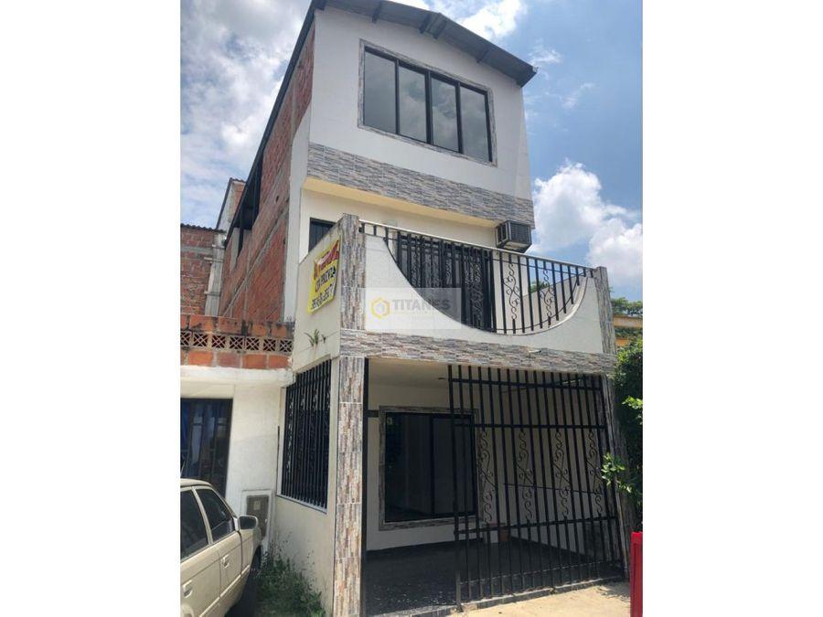vendo casa alameda del rio de tres pisos cali mr