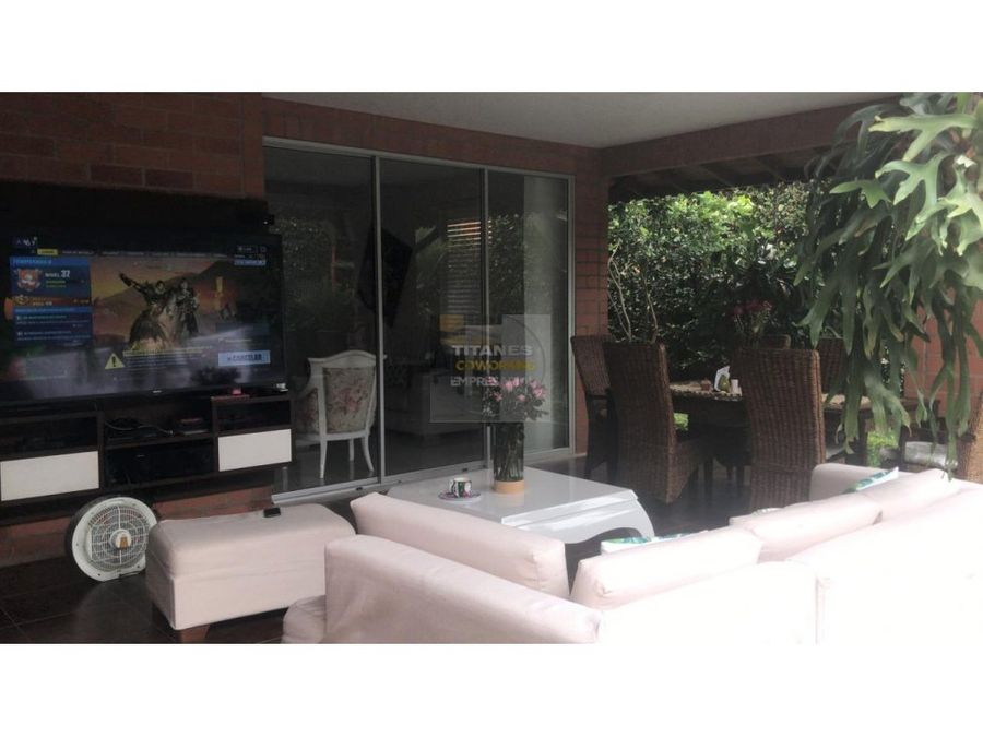 venta casa 2 niveles condominio pance mpj