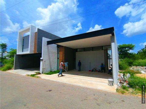 casa de una sola planta en renta a 10 min de plaza la isla merida