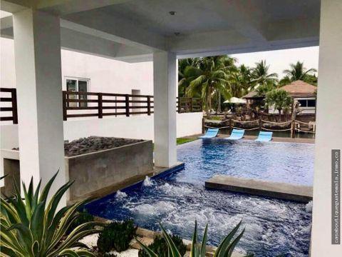 casa con piscina y jacuzzi en likin