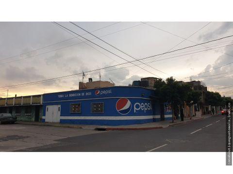 casa con locales comerciales zona 7