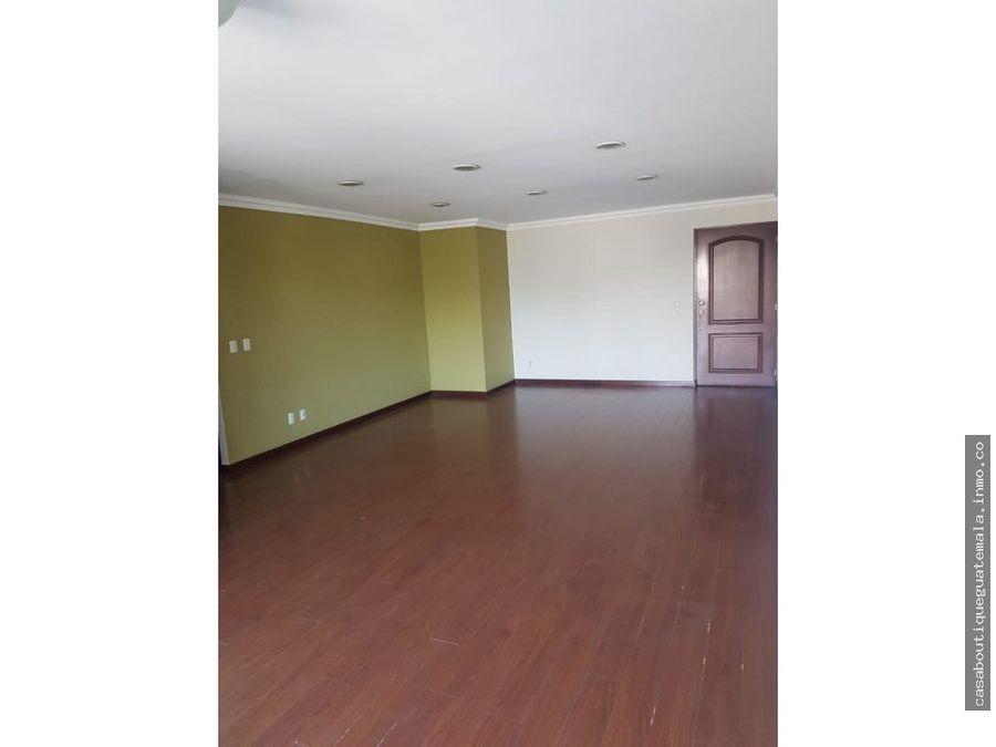 apartamento de tres habitaciones en zona 14