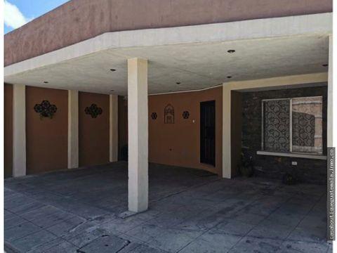 casa en villas de san martin zona 7