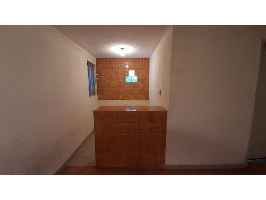 casa en venta de 2 niveles con 3 recamaras san cristobal chacon