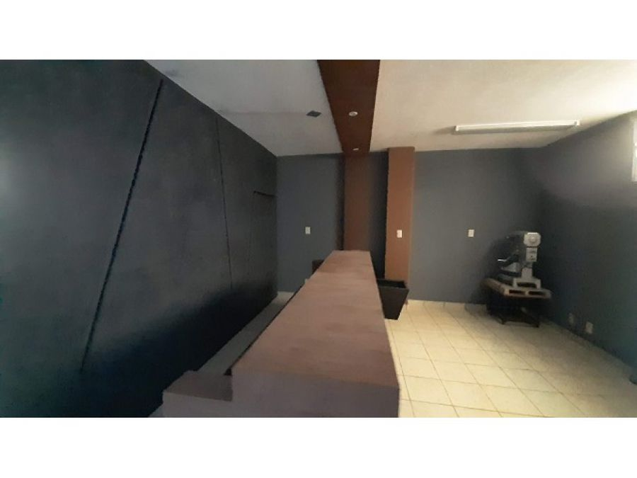 renta de despacho consultorio u oficina en blvd valle de san javier