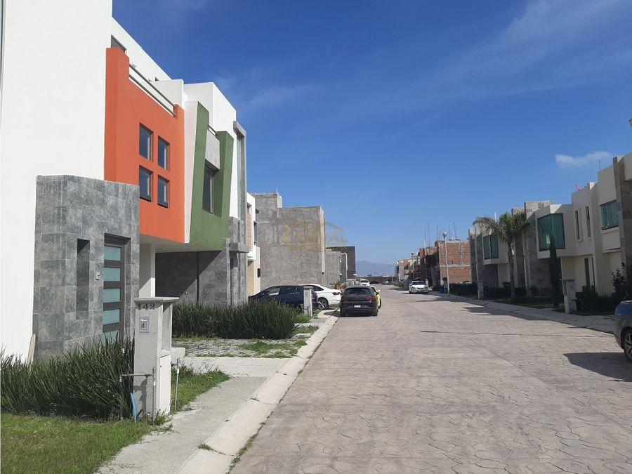 venta de casa con 3 rec en fracc residencial al sur de la ciudad