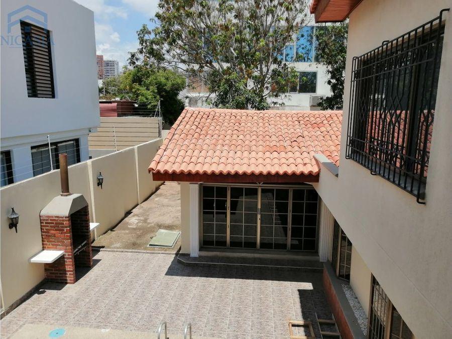 casa independiente con piscina barranquilla