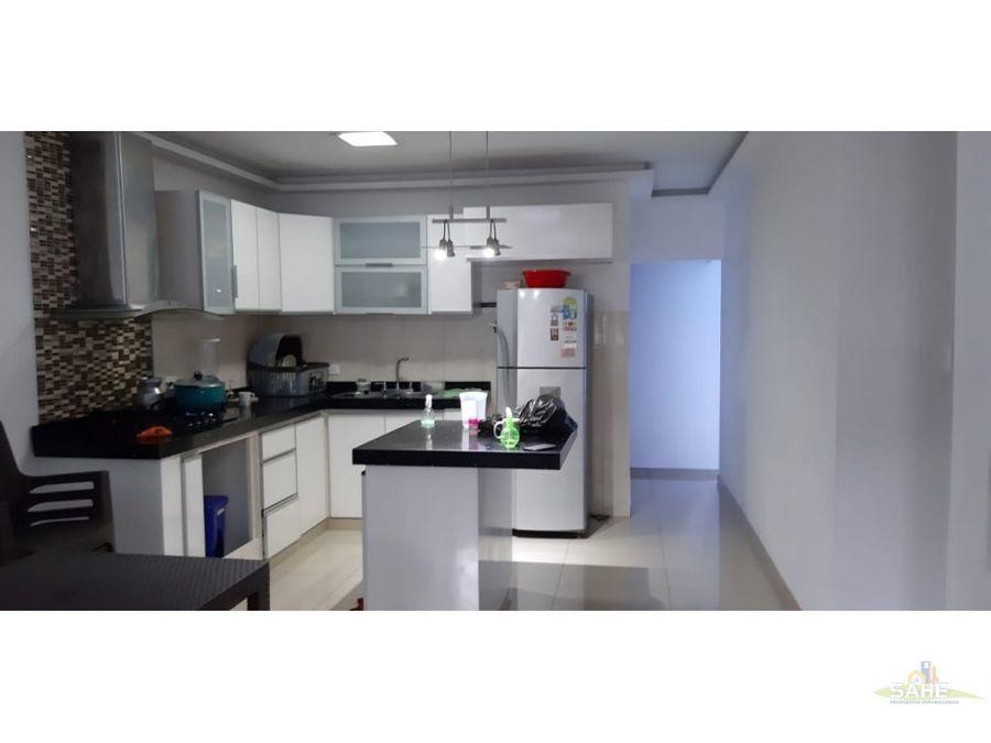 venta casa con locales en condominio refugio cali