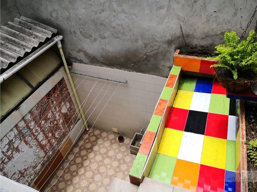 vendo casa con apartaestudios san fernando cali